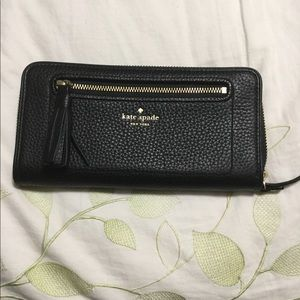 Kate Spade Chester Street wallet, Black, NWT
